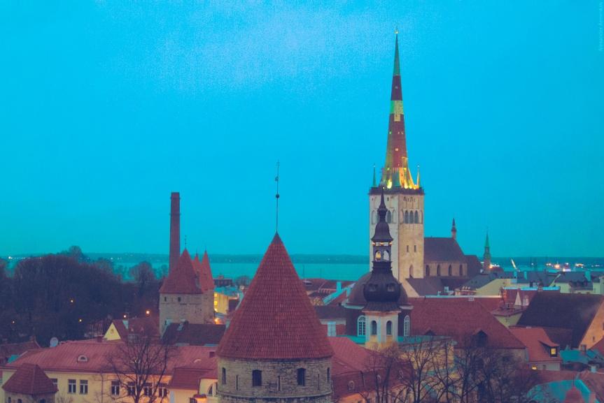 Estonia y el reparto de refugiados de la UE: una industrialización de la ayudahumanitaria